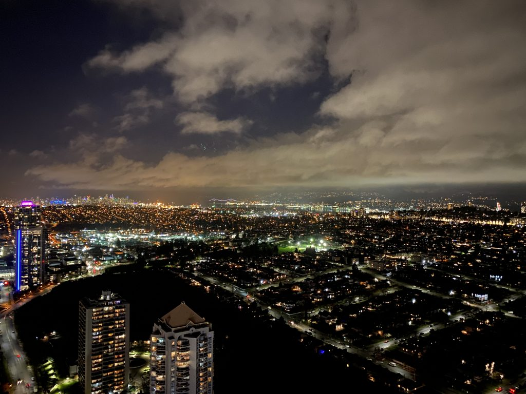 4811 4510 HALIFAX Way Burnaby night view